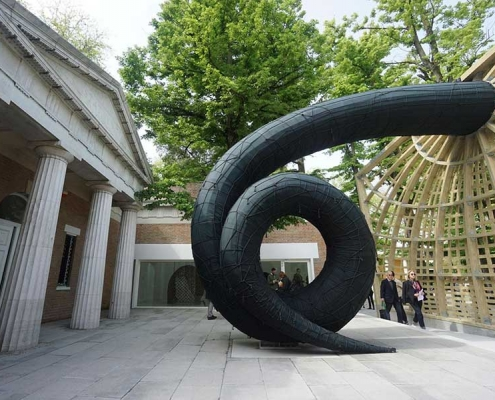 Swallowed Sun: photo credit Washington Post, Martin Puryear